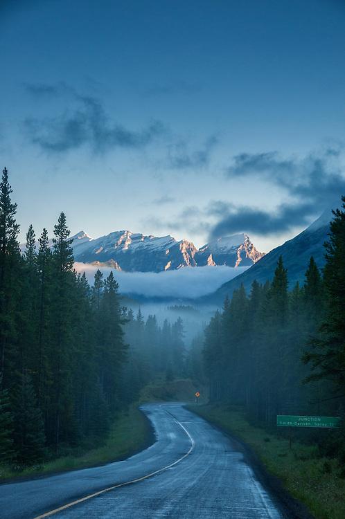 Alberta; Canada; Lower Kananaskis Lake; Peter Lougheed; Provinical Park; mountains; peaks; panorama; kananaskis; rockies; rocky mountains