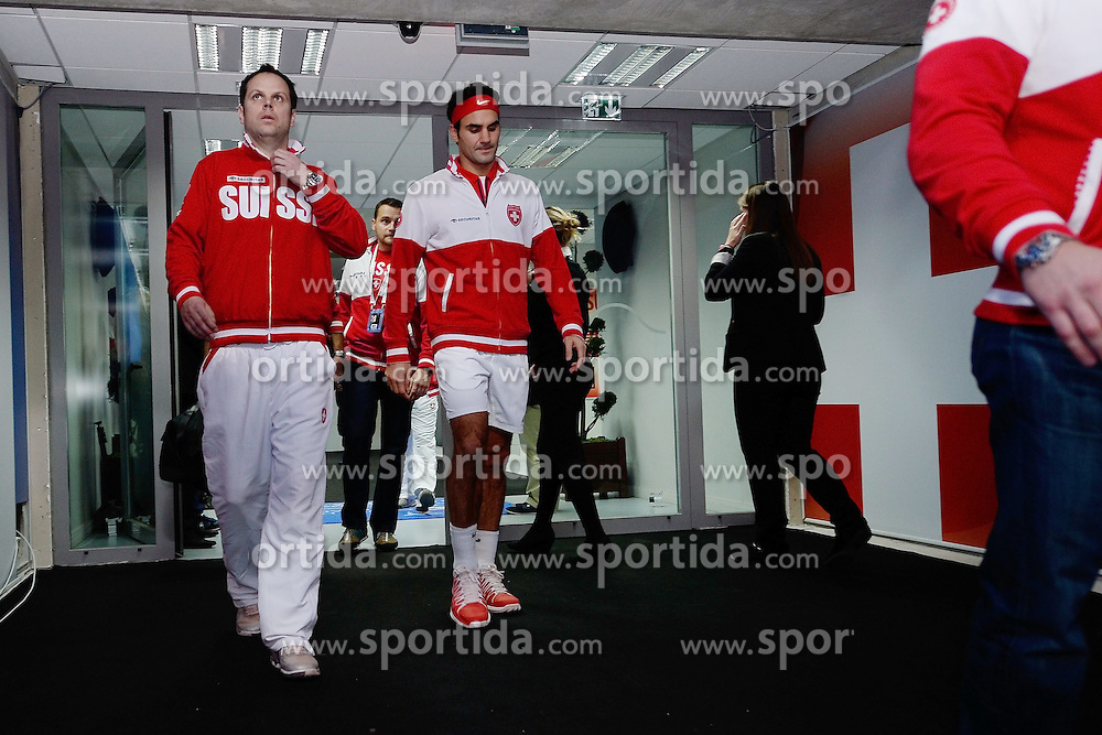 21.11.2014, Stade Pierre Mauroy, Lille, FRA, Davis Cup Finale, Frankreich vs Schweiz, im Bild Severin Luethi und Roger Federer (SUI) // during the Davis Cup Final between France and Switzerland at the Stade Pierre Mauroy in Lille, France on 2014/11/21. EXPA Pictures &copy; 2014, PhotoCredit: EXPA/ Freshfocus/ Daniela Frutiger<br /> <br /> *****ATTENTION - for AUT, SLO, CRO, SRB, BIH, MAZ only*****
