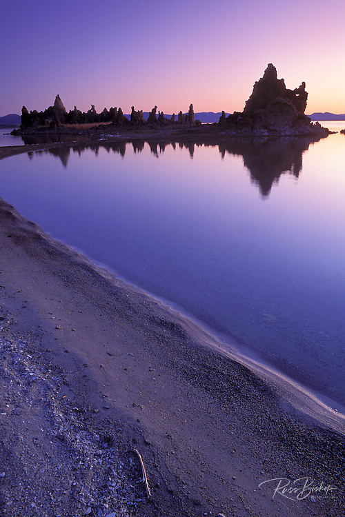 Tufa formations at dawn from the south shore of Mono Lake, Mono Basin National Scenic Area, California