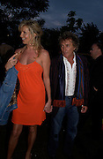 Rod Stewart and Penny Lancaster. The Serpentine Summer party co-hosted by Jimmy Choo. The Serpentine Gallery. 30 June 2005. ONE TIME USE ONLY - DO NOT ARCHIVE  © Copyright Photograph by Dafydd Jones 66 Stockwell Park Rd. London SW9 0DA Tel 020 7733 0108 www.dafjones.com