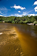 Diamantina_MG, Brasil...Rio Jequitinhonha no estado de Minas Gerais...The Jequitinhonha River is a river that flows mainly through the Brazilian state of Minas Gerais. ..Foto: JOAO MARCOS ROSA / NITRO