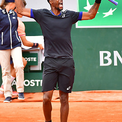 Gael Monfils of France celebrates winning the first set during Day 6 of the French Open 2018 on June 1, 2018 in Paris, France. (Photo by Dave Winter/Icon Sport)