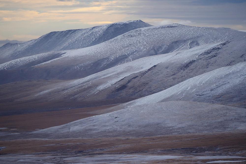 Ba Yan Kal La pass landscape, Tibetan Plateau, Qinghai, China
