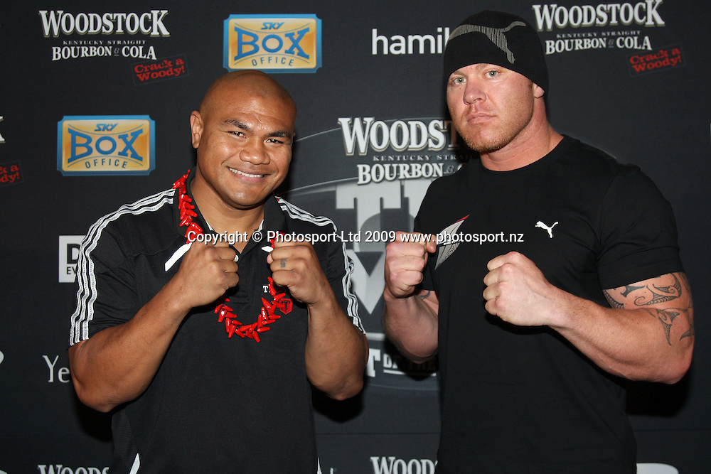 David Tua (L) and Shane Cameron face off, Woodstock Fight of the Century press conference, David Tua v Shane Cameron, Northern Steamship Co, Auckland City. 30 September 2009. Photo: Andrew Cornaga/PHOTOSPORT