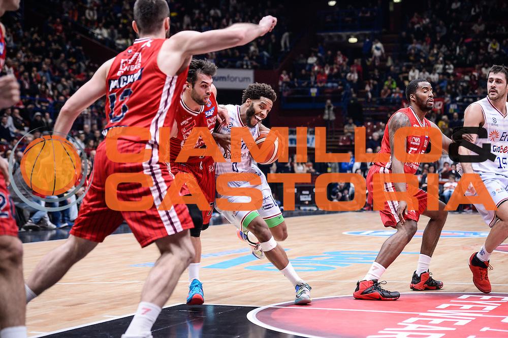 DESCRIZIONE : Milano Lega A 2015-16 <br /> GIOCATORE : Adrian Banks<br /> CATEGORIA : Palleggio Penetrazione<br /> SQUADRA : Enel Brindisi<br /> EVENTO : Campionato Lega A 2015-2016<br /> GARA : Olimpia EA7 Emporio Armani Milano Enel Brindisi<br /> DATA : 20/12/2015<br /> SPORT : Pallacanestro<br /> AUTORE : Agenzia Ciamillo-Castoria/M.Ozbot<br /> Galleria : Lega Basket A 2015-2016 <br /> Fotonotizia: Milano Lega A 2015-16