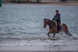 Van Asten Leopold, NED, VDL Groep Zidane<br /> Beach training<br /> Longines Jumping International de La Baule 2017<br /> © Hippo Foto - Dirk Caremans<br /> Van Asten Leopold, NED, VDL Groep Zidane