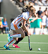 AMSTELVEEN  - Hockey -  2e wedstrijd halve finale Play Offs dames.  Amsterdam-Oranje Rood (2-1) .Laura Nunnink (Oranje-Rood)   COPYRIGHT KOEN SUYK