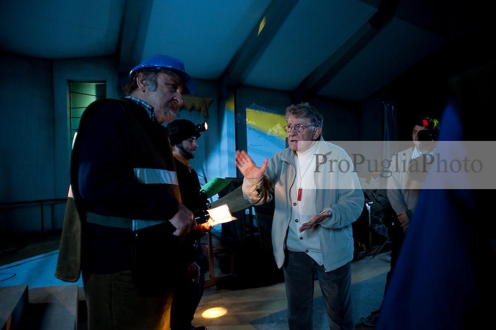IL VILLAGGIO DI CARTONE.REGIA ERMANNO OLMI.BARI 30 NOVEMBRE 2010.
