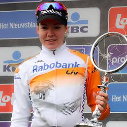 28-02-2015: Wielrennen: Omloop het Nieuwsblad: Gent<br />GENT (Bel): De omloop het Nieuwsblad is de openingskoers in BeNeLux.  De wedstrijd door de Vlaamse Ardennen is bij de mannen dit jaar aan zijn 70e editie toe.<br />Anna van der Breggen