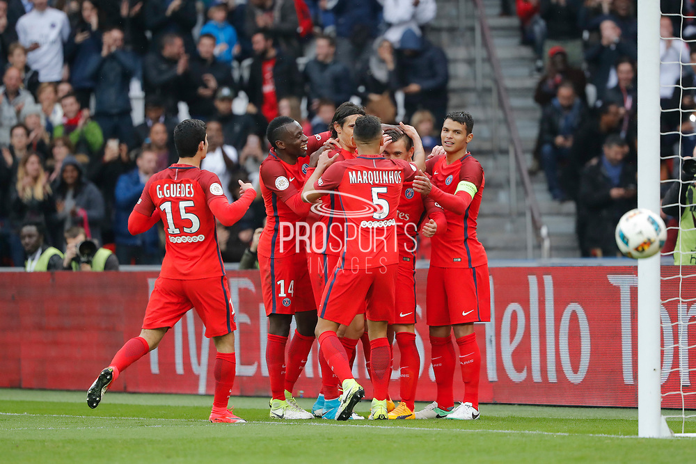 Marcos Aoas Correa dit Marquinhos (PSG) scored a goal from the decisive ball gaved from Giovani Lo Celso (PSG) and celebrated it with Thiago Silva (PSG), Edinson Roberto Paulo Cavani Gomez (psg) (El Matador) (El Botija) (Florestan), Blaise Mathuidi (psg), Goncalo Guedes (PSG) during the French championship Ligue 1 football match between Paris Saint-Germain (PSG) and Bastia on May 6, 2017 at Parc des Princes Stadium in Paris, France - Photo Stephane Allaman / ProSportsImages / DPPI