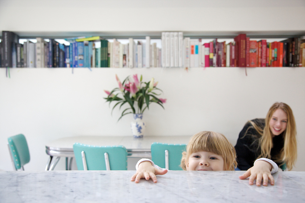 Lana Wrightman and Edie, 2 and 1/2, at home on 31 Groombridge Road, Hackney, London CREDIT: Vanessa Berberian for The Wall Street Journal<br /> HACKNEY-Lana Wrightman