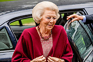 12-5-2017 ZEIST - Prinses Beatrix der Nederlanden is vrijdagmorgen 12 mei 2017 in Zeist aanwezig bij het symposium &lsquo;Muscles2Meet - Neuromuscular Young Talent Symposium&rsquo;, een initiatief van het Prinses Beatrix Spierfonds.COPYRIGHT ROBIN UTRECHT/jesper Drenth <br /> <br /> 12-5-2017 ZEIST - Princess Beatrix of the Netherlands is present in Zeist on Friday morning 12 May 2017 at the symposium Muscles2Meet - Neuromuscular Young Talent Symposium, an initiative of the Princess Beatrix Muscle Fund. COPYRIGHT ROBIN UTRECHT / Jesper Drenth