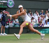 Wimbledon Championships 2012 AELTC,London,.ITF Grand Slam Tennis Tournament, Damen Semi Finale, Angelique Kerber (GER), Aktion,Einzelbild,Ganzkoerper,Querformat,.