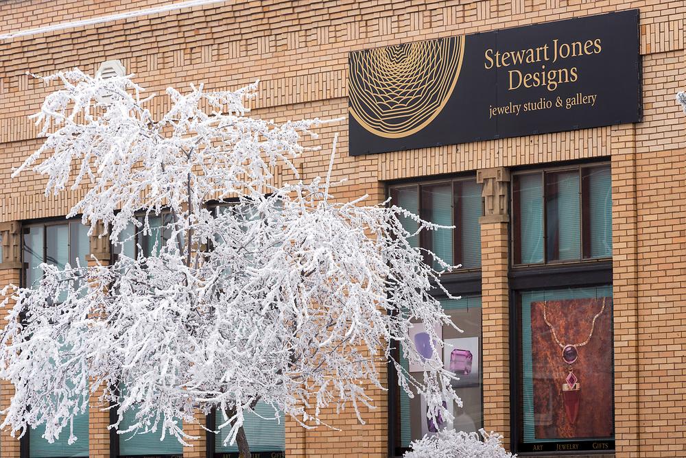 Stewart Jones Designs jewelry studio and gallery on a winter day in Joseph, Oregon.