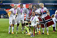 Players of Lyon celebrates with the trophy during the UEFA Women's Champions League Final between Lyon Women and Paris Saint Germain Women at the Cardiff City Stadium, Cardiff, Wales on 1 June 2017. Photo by Giuseppe Maffia.<br /> <br /> <br /> Giuseppe Maffia/UK Sports Pics Ltd/Alterphotos