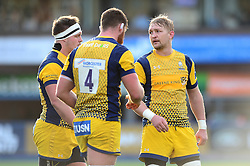 Dewald Potgieter (c) of Worcester Warriors speaks with team mates - Mandatory by-line: Dougie Allward/JMP - 04/02/2017 - RUGBY - BT Sport Cardiff Arms Park - Cardiff, Wales - Cardiff Blues v Worcester Warriors - Anglo Welsh Cup