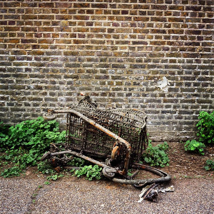 Broken trolley, Regents Canal.