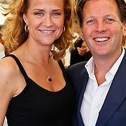 NLD/Amsterdam/20100605 - Amsterdamdiner 2010, Paulien Mol -  Huizinga en partner Michiel Mol