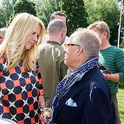 NLD/Amsterdam20160627 - Presentatie L'Homo 2016, Linda de Mol en Joop Braakhekke