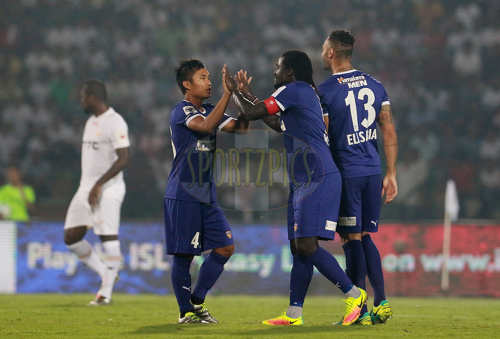 Chennaiyin FC players celebrates a goal during match 18 of the Indian Super League (ISL) season 3 between NorthEast United FC and Chennaiyin FC held at the Indira Gandhi Athletic Stadium in Guwahati, India on the 20th October 2016.<br /> <br /> Photo by Vipin Pawar / ISL/ SPORTZPICS
