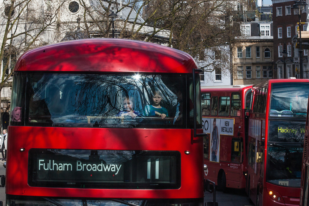 Traffic in London, England Tuesday, April 5, 2016 . (Elizabeth Dalziel for Greenpeace )