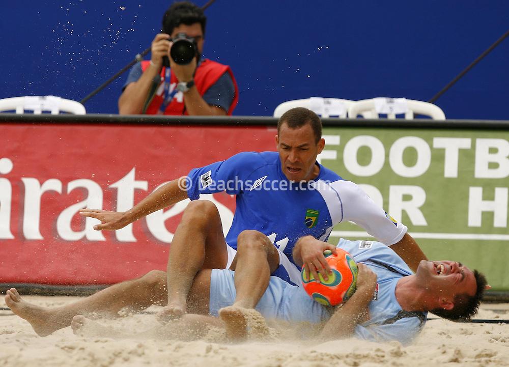 Football-FIFA Beach Soccer World Cup 2006 - Group A-Brasil - Poland, Beachsoccer World Cup 2006. Brasil`s Buru and Poland`s Gorecki- Rio de Janeiro - Brazil 03/11/2006 <br /> Mandatory credit: FIFA/ Manuel Queimadelos
