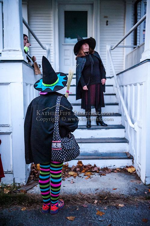 Halloween actors