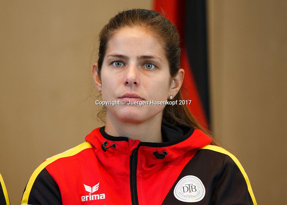 Fed Cup GER-UKR, Deutschland - Ukraine, Auslosung im Rathaus Stuttgart, <br /> JULIA GOERGES (GER)