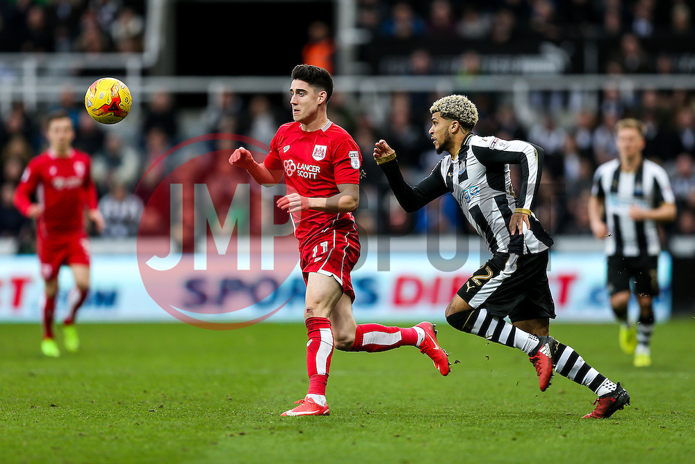 Callum O'Dowda of Bristol City is challenged by DeAndre Yedlin of Newcastle United - Rogan Thomson/JMP - 25/02/2017 - FOOTBALL - St James' Park - Newcastle, England - Newcastle United v Bristol City - Sky Bet EFL Championship.