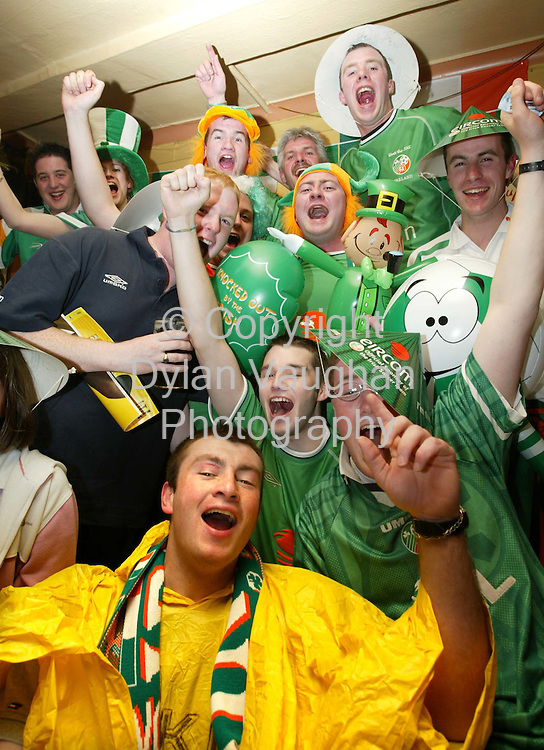 31/5/2002 The Star.The crew in O Gormans Pub in Kilkenny pictured enjoying the World Cup..Picture Dylan VAughan