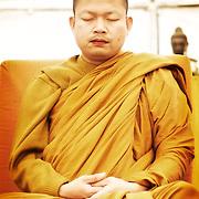 Monastère Bodhinyanarama. Vesak. Luang Pu Nenkham Chattigo