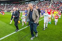 ALKMAAR - 10-09-2016, AZ - Willem II, AFAS Stadion, 2-0, Cor Stolzenbach van Willem II (l), Hugo Hovenkamp AZ., aftrap, 60 jaar betaald voetbal.