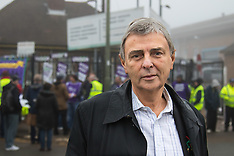 2015-11-02 Unison's Dave Prentis attentds Brent council workers' strike