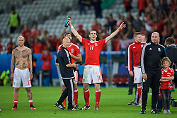 LILLE, FRANCE - Friday, July 1, 2016: Wales' Gareth Bale celebrates after a 3-1 victory over Belgium and reaching the Semi-Final during the UEFA Euro 2016 Championship Quarter-Final match at the Stade Pierre Mauroy. Paul Harris. (Pic by David Rawcliffe/Propaganda)