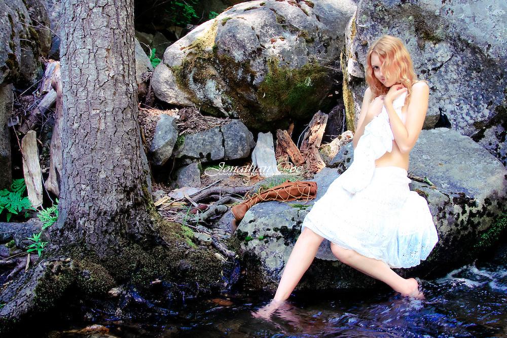 Model: Jessie James Hollywood<br /> Location: Yosemite National Park