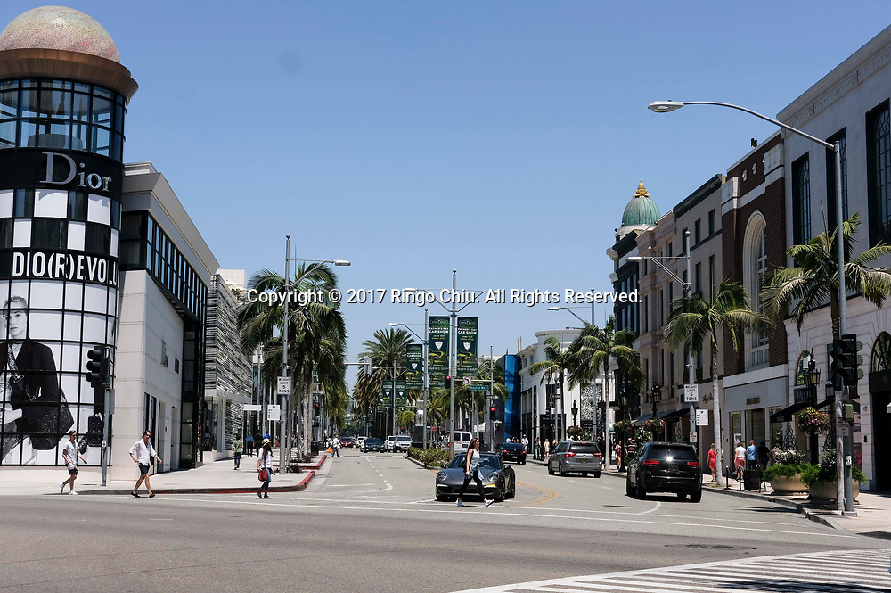 Rodeo Drive in Beverly Hills. (Photo by Ringo Chiu)<br /> <br /> Usage Notes: This content is intended for editorial use only. For other uses, additional clearances may be required.