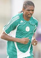 Photo: Steve Bond/Richard Lane Photography.<br />Nigeria v Ivory Coast. Africa Cup of Nations. 21/01/2008. Kanu warms up