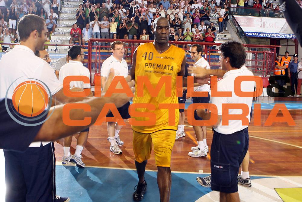 DESCRIZIONE : Porto San Giorgio Lega A1 2008-09 Amichevole Premiata Montegranaro Carife Ferrara<br /> GIOCATORE : Shawn Kemp <br /> SQUADRA : Premiata Montegranaro<br /> EVENTO : Campionato Lega A1 2008-2009<br /> GARA : Premiata Montegranaro Carife Ferrara<br /> DATA : 11/09/2008<br /> CATEGORIA : Ritratto <br /> SPORT : Pallacanestro<br /> AUTORE : Agenzia Ciamillo-Castoria/G.Ciamillo
