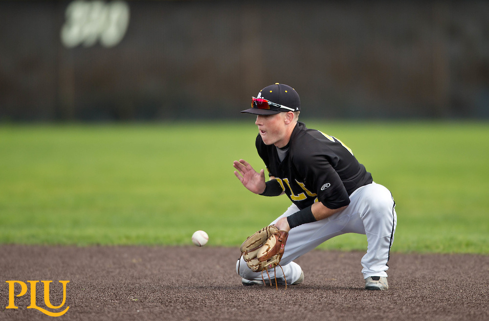 PLU baseball vs. Whitworth on Saturday, April 25, 2015. (Photo: John Froschauer/PLU)