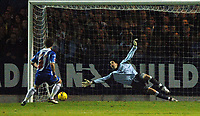 Photo: Ashley Pickering.<br /> Norwich City v Cardiff City. Coca Cola Championship. 21/10/2006.<br /> colchester's jamie cureton scores from the penalty spot to make it 3-1