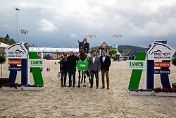 Siegerehrung Bemer-Riders Tour JUNG Michael (GER), fischerChelsea<br /> Hagen - Horses and Dreams 2019 <br /> Siegerehrung<br /> Preis der LVM Versicherung - CSI4* Quali. BEMER-RIDERS TOUR-Wertung<br /> 27. April 2019<br /> © www.sportfotos-lafrentz.de/Stefan Lafrentz