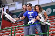 DESCRIZIONE : Campionato 2014/15 Serie A Beko Dinamo Banco di Sardegna Sassari - Grissin Bon Reggio Emilia Finale Playoff Gara3<br /> GIOCATORE : Pubblico Spettatori<br /> CATEGORIA : Tifosi Pubblico Spettatori<br /> SQUADRA : Dinamo Banco di Sardegna Sassari<br /> EVENTO : LegaBasket Serie A Beko 2014/2015<br /> GARA : Dinamo Banco di Sardegna Sassari - Grissin Bon Reggio Emilia Finale Playoff Gara3<br /> DATA : 18/06/2015<br /> SPORT : Pallacanestro <br /> AUTORE : Agenzia Ciamillo-Castoria/L.Canu