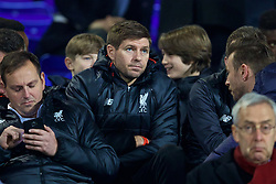 BIRKENHEAD, ENGLAND - Monday, March 13, 2017: Liverpool's academy coach Steven Gerrard watches the Under-23's take on Chelsea during the Under-23 FA Premier League 2 Division 1 match at Prenton Park. (Pic by David Rawcliffe/Propaganda)