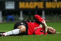 Photo. Andrew Unwin Digitalsport<br /> Newcastle United v Fulham, Barclays Premiership, St James' Park, Newcastle upon Tyne 07/11/2004.<br /> Fulham's goalkeeper, Mark Crossley, lies injured.