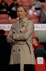 SOUTHAMPTON, ENGLAND - Friday, April 6, 2018: Wales' manager Jayne Ludlow before the FIFA Women's World Cup 2019 Qualifying Round Group 1 match between England and Wales at St. Mary's Stadium. (Pic by David Rawcliffe/Propaganda)