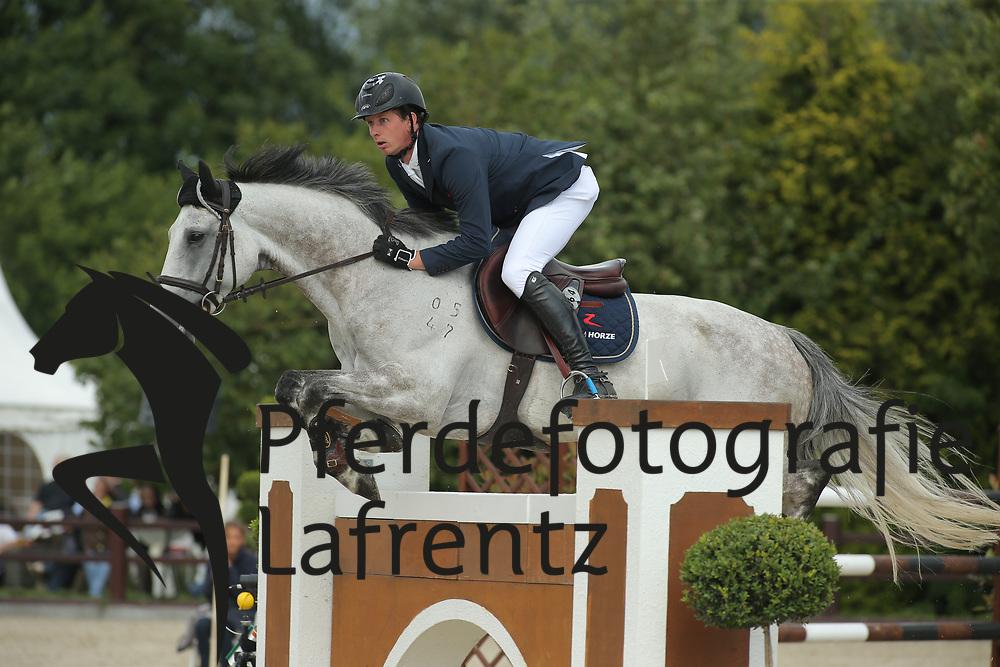 Haßmann, Felix, SL Brazonado<br /> Ehlersdorf - Ehlersdorfer Turniertage 2014<br /> Grosser Preis<br /> © www.sportfotos-lafrentz.de/ Stefan Lafrentz