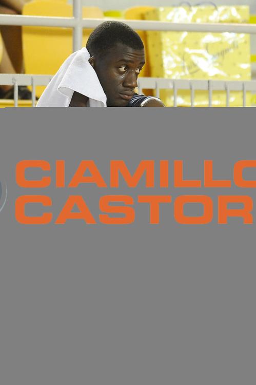 DESCRIZIONE : Roma Lega A 2010-11 Lottomatica Virtus Roma Raduno <br /> GIOCATORE : Herve Toure<br /> SQUADRA : Lottomatica Virtus Roma<br /> EVENTO : Campionato Lega A 2010-2011 <br /> GARA : Allenamento<br /> DATA : 18/08/2010<br /> CATEGORIA : raduno <br /> SPORT : Pallacanestro <br /> AUTORE : Agenzia Ciamillo-Castoria/G.Vannicelli<br /> Galleria : Lega Basket A 2010-2011 <br /> Fotonotizia : Roma Lega A 2010-11 Lottomatica Virtus Roma Raduno<br /> Predefinita :