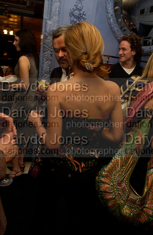 Francesca Versace. Zac Posen Spring/ Summer collection launch party. The Blue Bar, Berkeley Hotel. London. 7 March 2004. Dafydd Jones,  ONE TIME USE ONLY - DO NOT ARCHIVE  © Copyright Photograph by Dafydd Jones 66 Stockwell Park Rd. London SW9 0DA Tel 020 7733 0108 www.dafjones.com