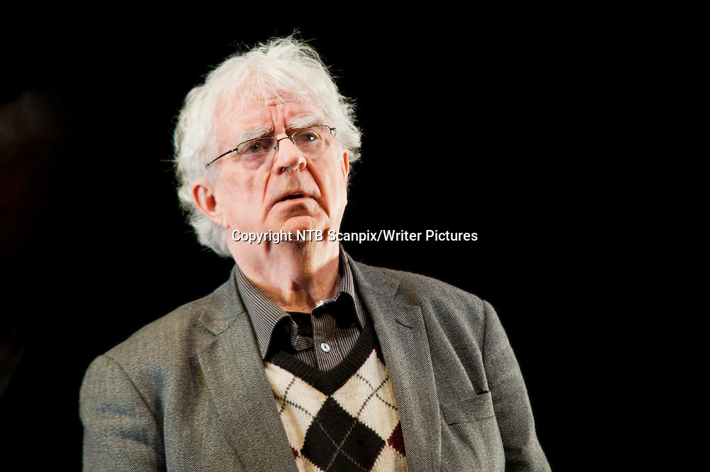 Oslo  20130219.<br /> Jan Erik Vold under pressevisning av &quot;Tvillingsjeler&quot; hos Riksteatret i Nydalen tirsdag. <br /> Foto: Fredrik Varfjell / NTB scanpix<br /> <br /> NTB Scanpix/Writer Pictures<br /> <br /> WORLD RIGHTS, DIRECT SALES ONLY, NO AGENCY
