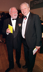 Left to right, brothers LORD ATTENBOROUGH and <br /> SIR DAVID ATTENBOROUGH, at a dinner in London<br />  on 23rd May 2000.OEL 78